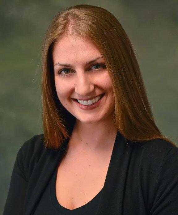 Lisa Anderson (Receptionist)